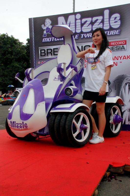 Motor Mizzle Raih Rekor Dunia