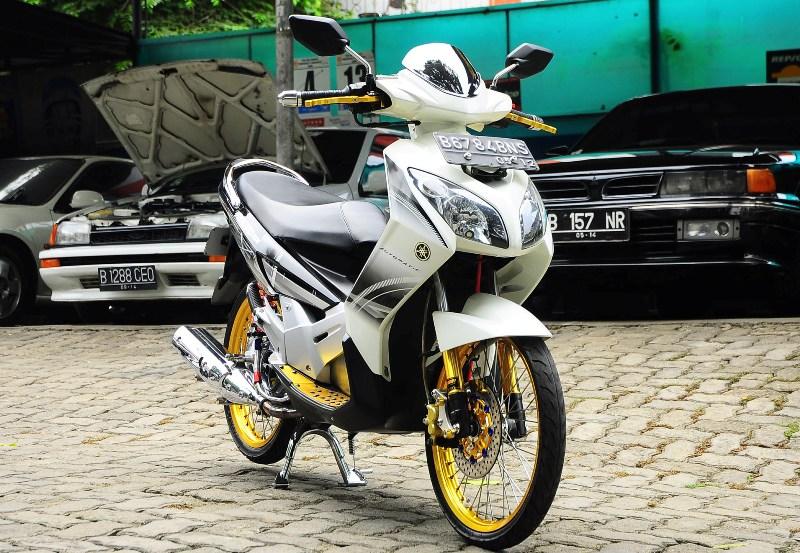 Modifikasi Motor Yamaha Nouvo Z