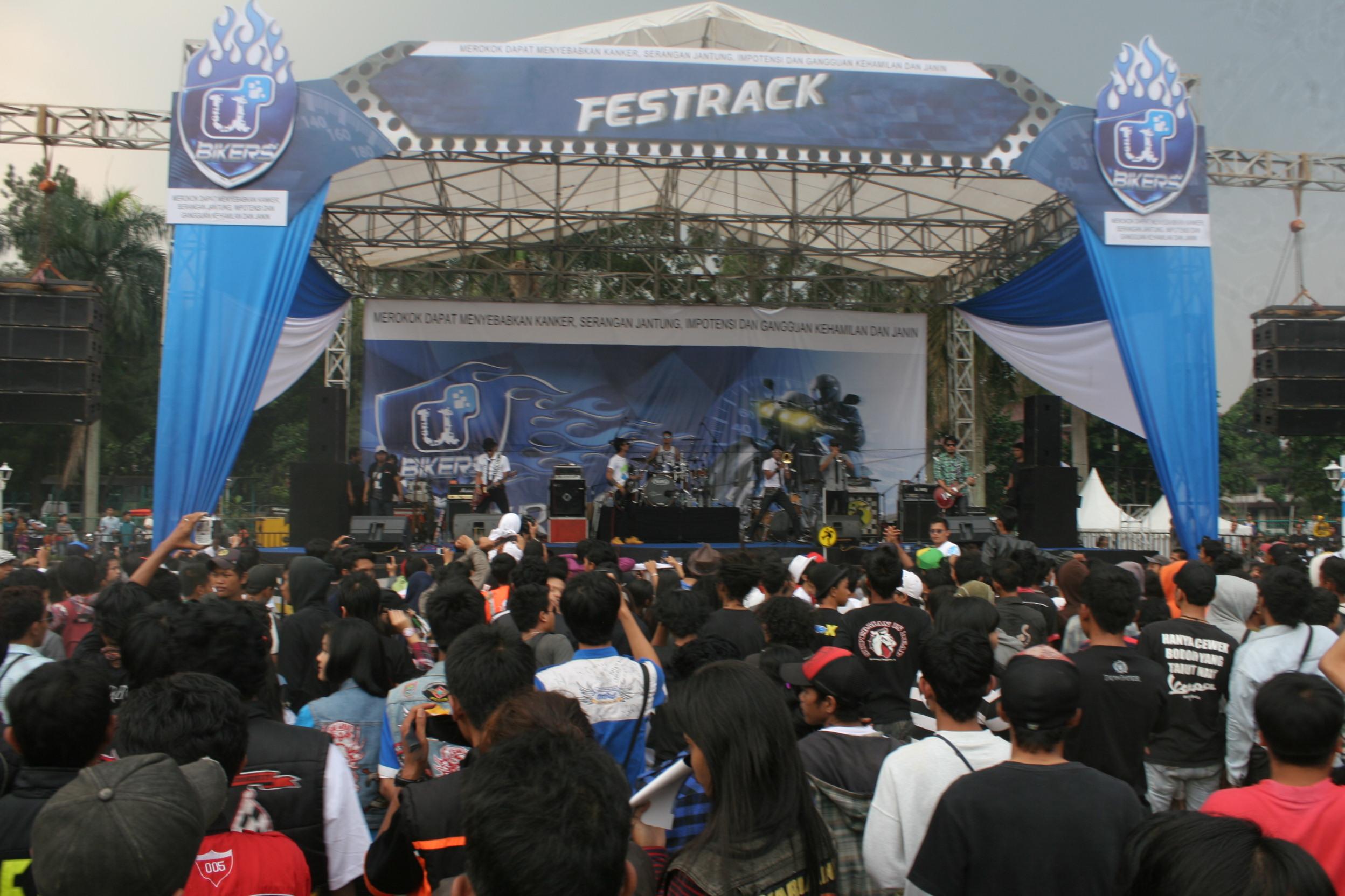 Fastrack 2012 Sambangi Kota Bogor Gilamotor Sampoerna U Mild