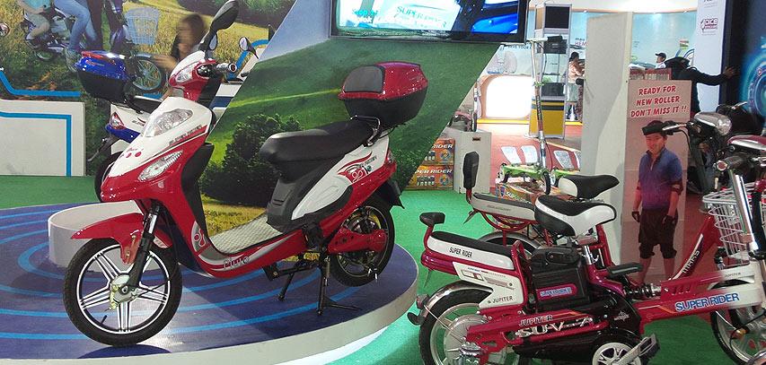 Motor-Listrik-di-IIMS-2014