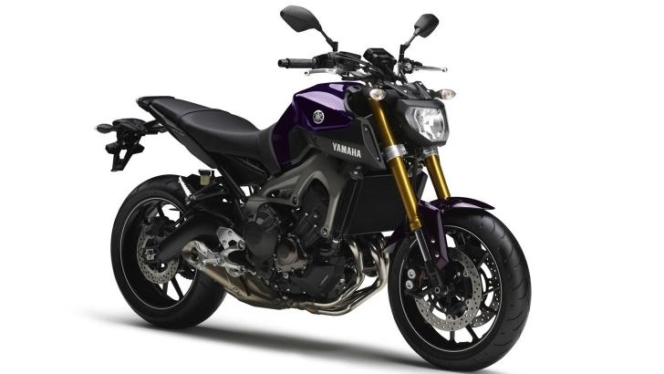 Yamaha FZ-09 Tiga Silinder
