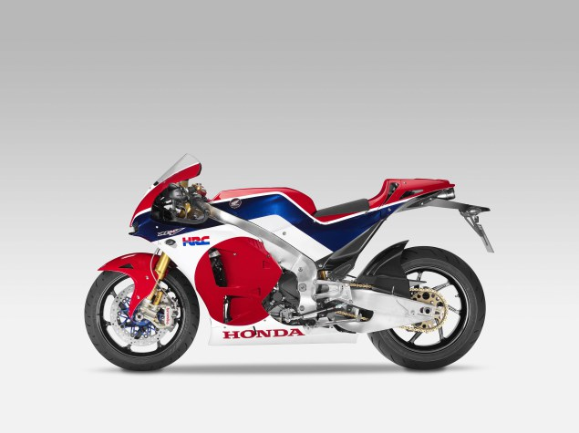 2015-Honda-RC213V-S-prototype-1
