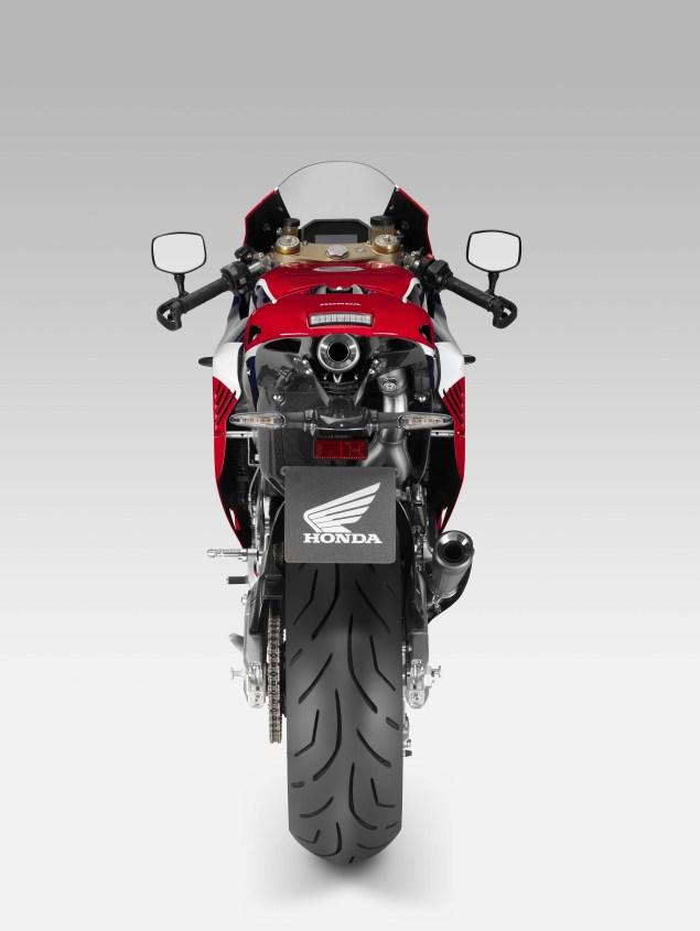 2015-Honda-RC213V-S-prototype-5