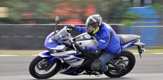 Yamaha YZF-R25, R25