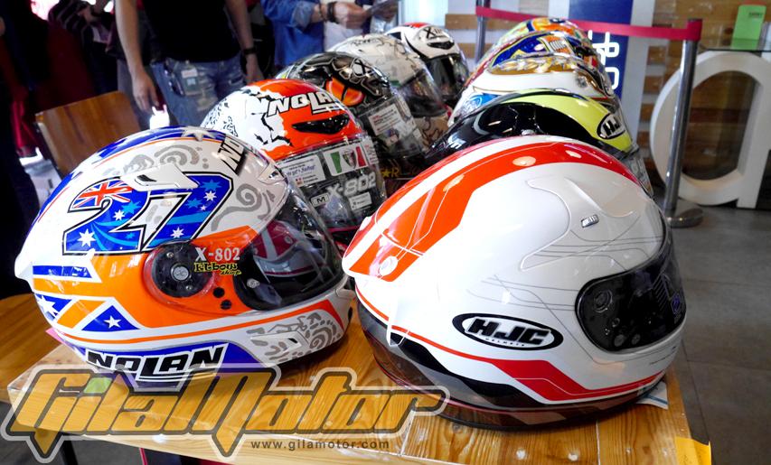 Jakarta Helmet Exhibition dihelat selama 2 hari di Kemang. Pameran Helm ini digagas oleh komunitas