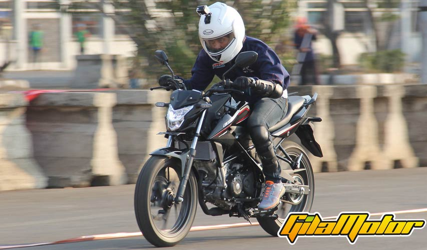 cb150r-first-ride-5
