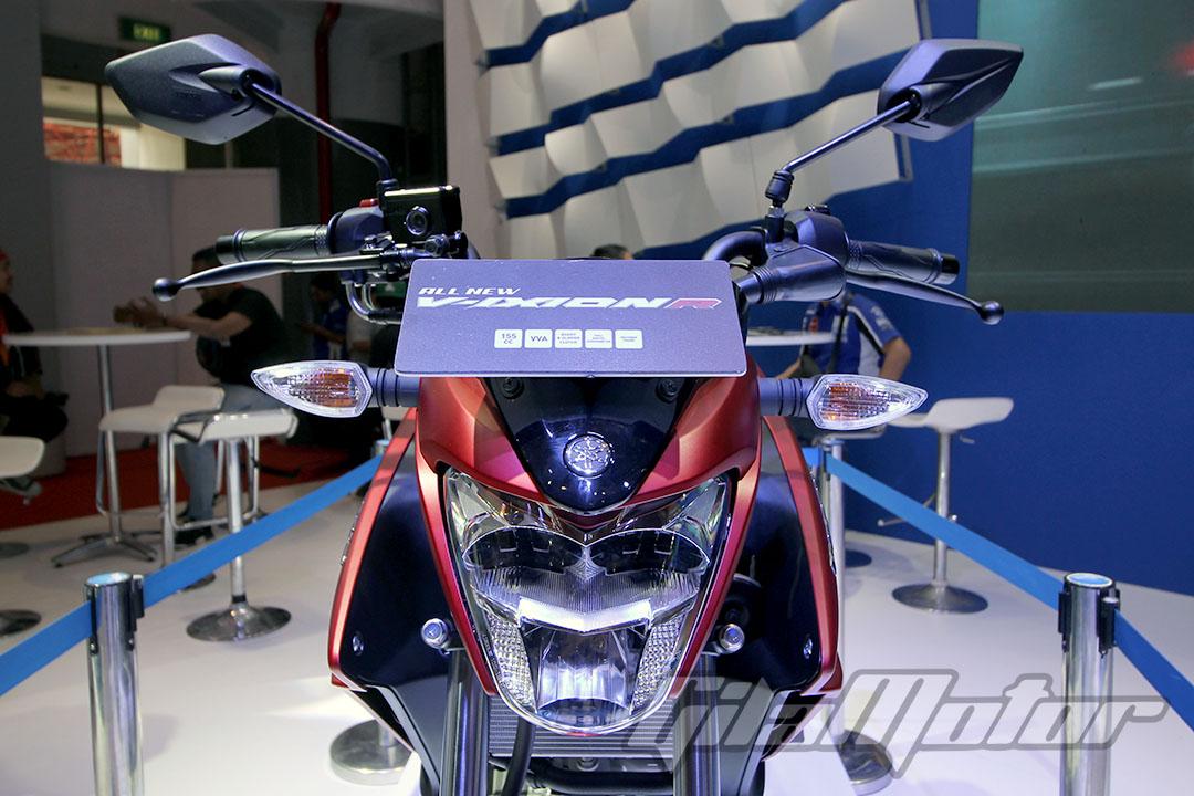 Yamaha All New V-Ixion R