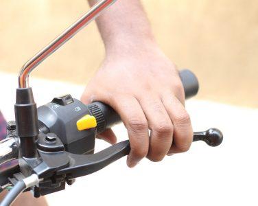 Tutorial Cara Mengendarai Motor Kopling