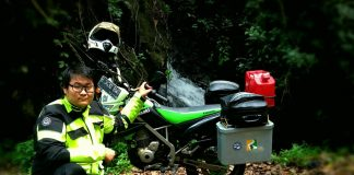 Lintas Batas: Hasrat Lim Touring Motor Keliling Indonesia