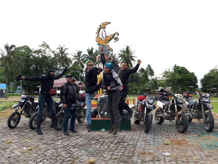 Supermoto Indonesia Touring Jelajahi Sulawesi (4)