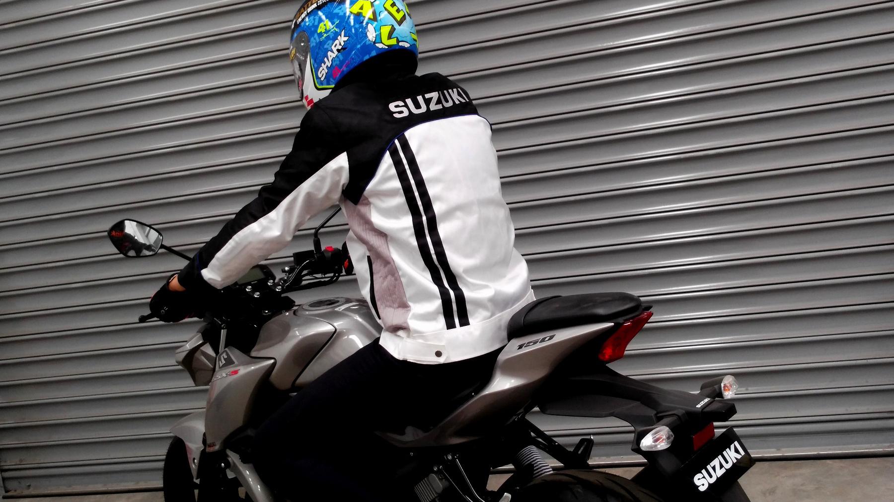Jaket Motor Sporty Suzuki