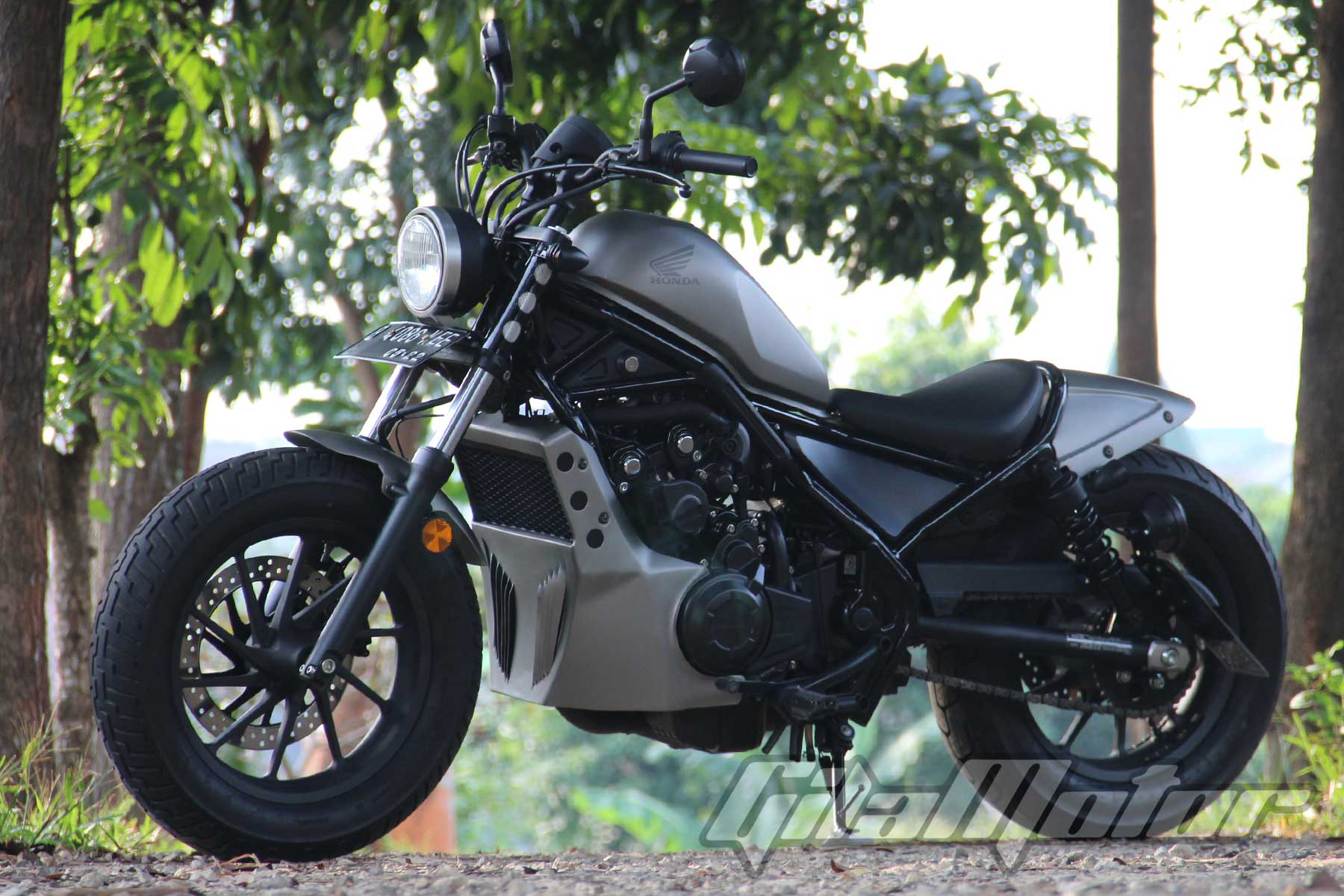 Modifikasi Honda Rebel 8