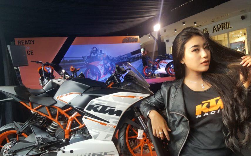 Showroom KTM Bandung (4)