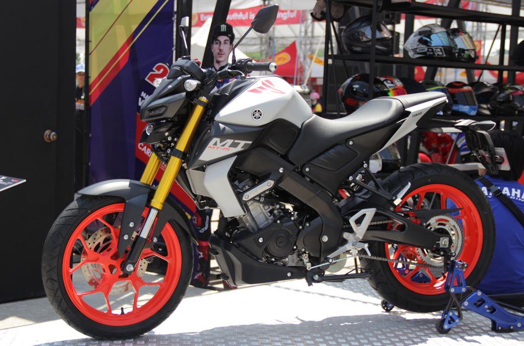 Yamaha MT 15 Facebook: Bertemu Langsung Yamaha MT-15, Tampang Sangar Jadi Daya